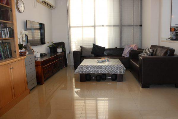 Renovated 4-room apartment for sale, Ra'anana