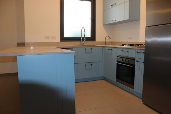 New 3 room apartment for sale in Yafo