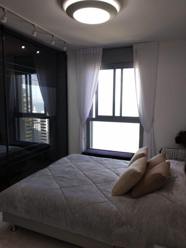 4 rooms apartment FOR SALE Yochanan Ha'sandlar Street, Bat Yam