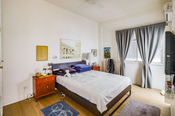 3 rooms apartment FOR SALE, Sderot Chen, Tel- Aviv