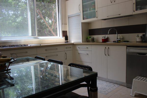 5 rooms apartment FOR RENT, Akiva 28, Ra'anana