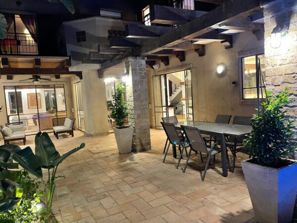 9 rooms tuscan villa FOR RENT, Ya'akov Hazan St, Ra'anana